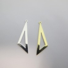 25 Pendentifs scalene TRIANGLES 40x11mm