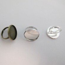 20 pieces Ring with cabochon rim 20mm