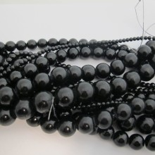 Perles En Verre noire
