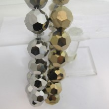 17 pcs Round glass facet silver and gold color 20mm
