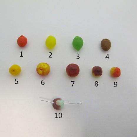 100 perles en verre  fruits