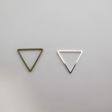 80 TRIANGLES INTERCALAIRES 19X17MM