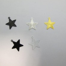 100 Estampes Étoile 14x13mm