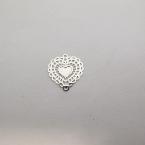 100 Estampe coeur laser cut 16x14mm