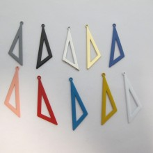 30 Pendentifs scalene TRIANGLES 40X12mm