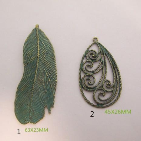5 Pendentif en Métal bonze et vert