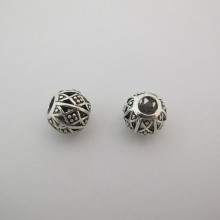 25 Metal beads 15mm hole 6mm