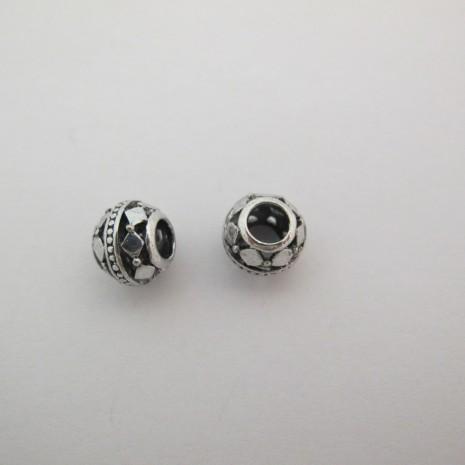 50 perles Métal 11mm trou 5mm