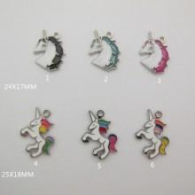 30 Metal unicorn pendants/charm