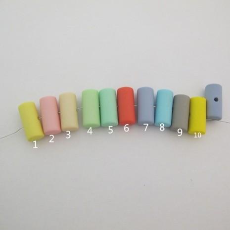 20 pcs perles en plastique 26x12mm trou 3mm