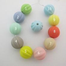 20 pcs perles en plastique 16mm trou 3mm