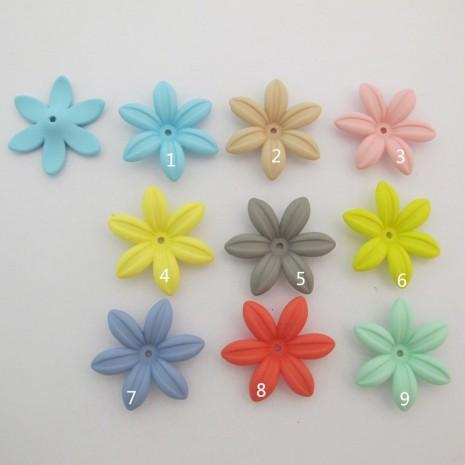 15 pcs fleur plastique 34mm trou 2mm