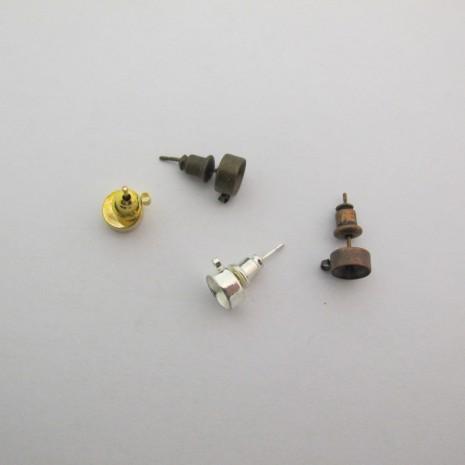 50 pcs Clous d'oreilles porte-strass 6mm