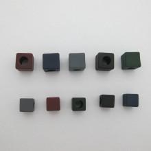 30 pcs perles en plastique carré 15mm/ 12mm trou7mm