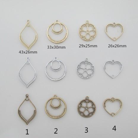 20 pendentif tissage en métal