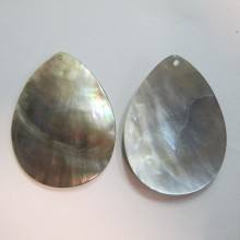10 Grey Mother of Pearl 50x38mm drop