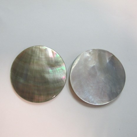 10 Nacre grise 40mm ronde