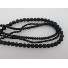perles en verre noire mat ronde- Fil de 40 Centimetres