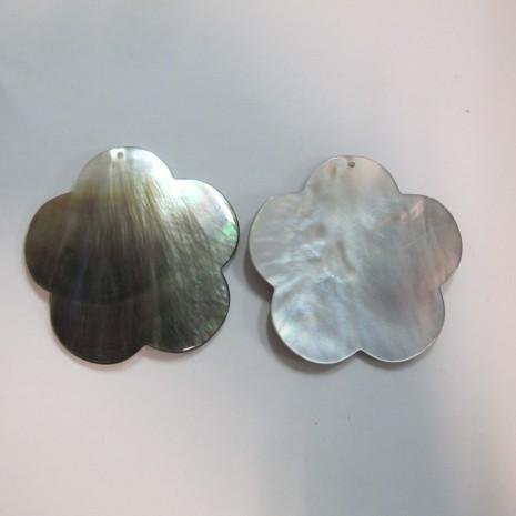 10 fleurs Nacre grise 53mm