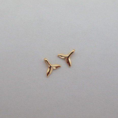 10 Pendentifs queue de poisson 11mm Doré à l'or fin
