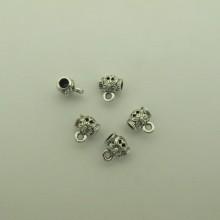 50 pcs Attaches pendentifs 9x10mm pour cordon 3.50 mm