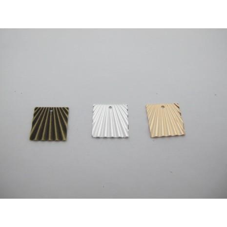 30 pcs sequins 17x17mm laiton burt