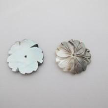 10 fleur nacre 30mm