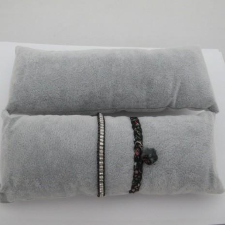1 pcs Présentoir à bracelets 22X10mm