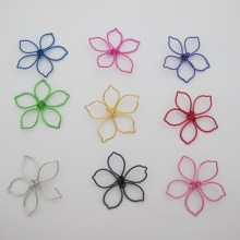 25 pcs perles métal fleurs 35mm