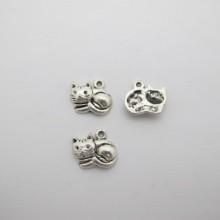 50 pcs Metal Cat Pendant 14x13mm