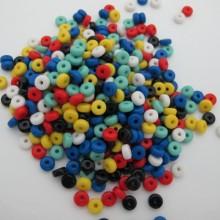 83 gm perles en plastique 3x6mm