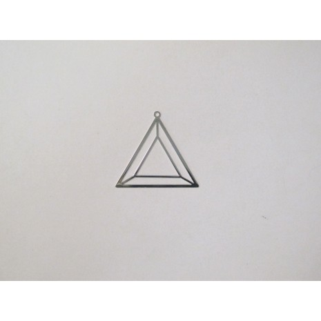 50 Estampe triangle laser cut 29x27mm