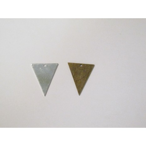 50 Sequins triangles 26x22mm