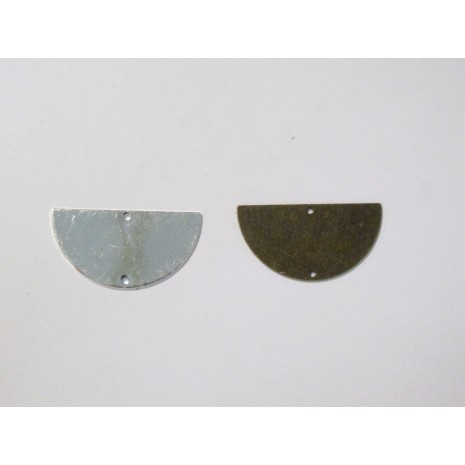 30 Sequins demi-lunes intercalaire 30x15mm
