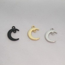 50 Charms The Moon 19x13mm