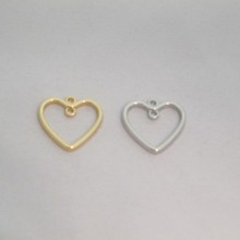 50 Heart charms 21x20mm