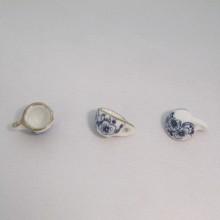 20 Breloques Petites tasses bleu Céramique 17x9mm