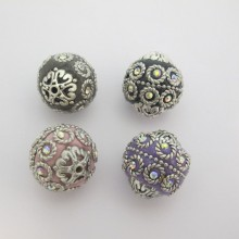 10 Perles faites à la main 20mm