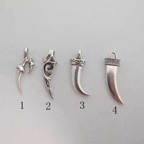25 Breloques Métal Dents