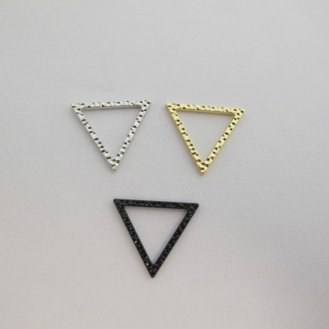 50 Triangle intercalaire fermé 22x19mm