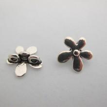 25 Intercalaires Fleurs metal 3 trous 20mm