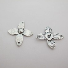 20 Intercalaires Fleurs metal 36x32mm