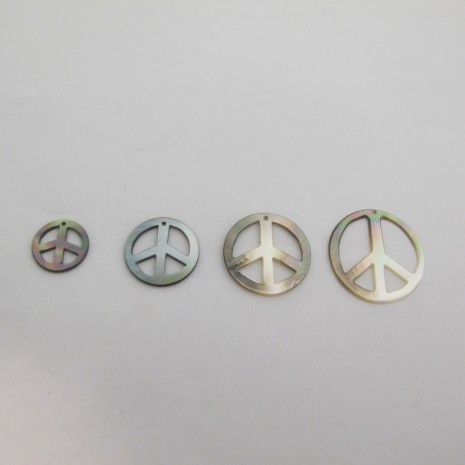 24 Sequins Peace and Love Nacre grise 13mm/17mm/20mm/24mm