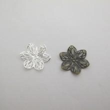 100 Estampe Fleurs 22mm