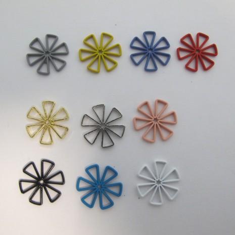 30 Estampe Fleurs Teinté 18mm